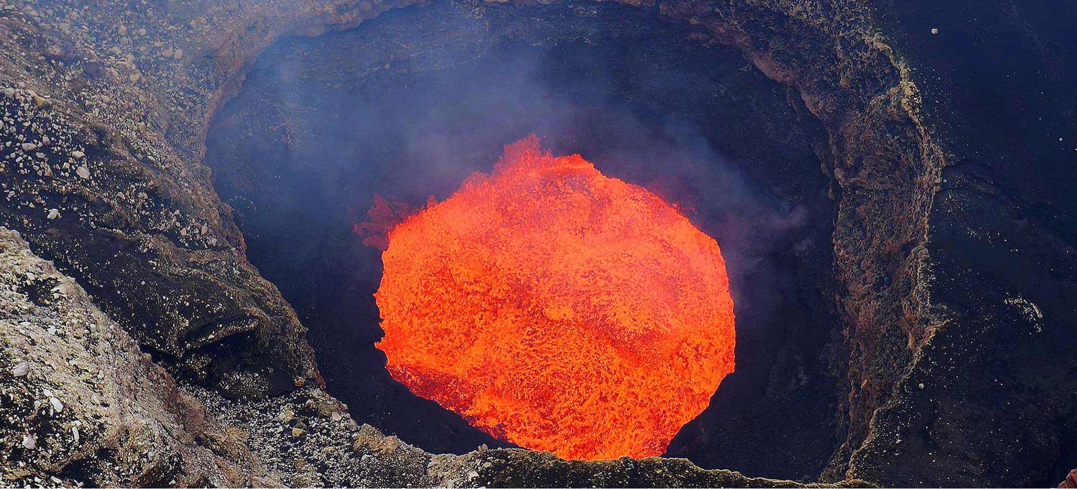 South Pacific Tours Vanuatu - Yasur volcano