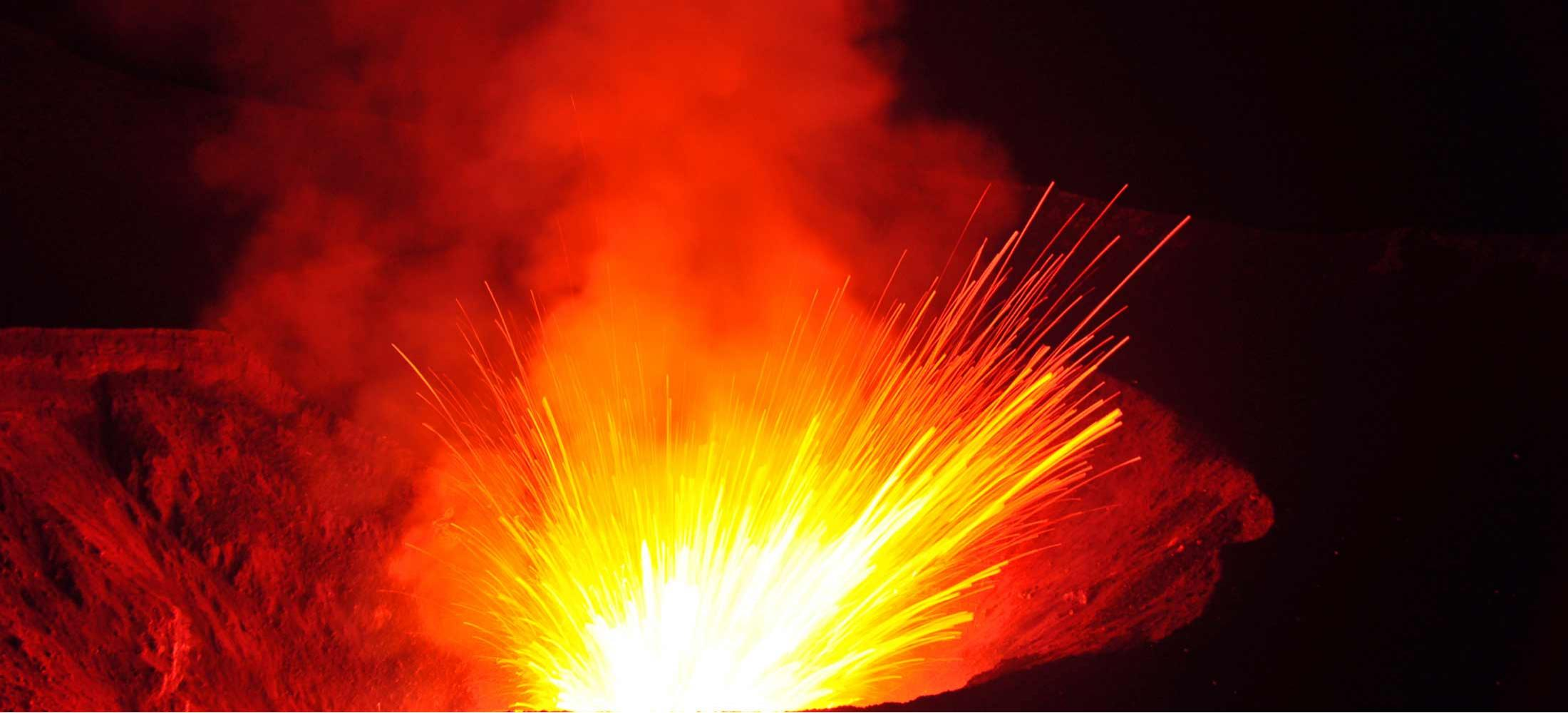 South Pacific Tours Vanuatu - Volcano Yasur Tanna